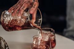 Cocktail en préparation
