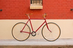 Omer bière vélo rouge