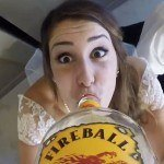 Mariage + GoPro + bouteille de whiskey