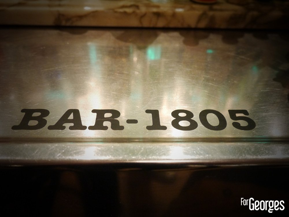 Pop-up bar 1805 by Charles Vexenat