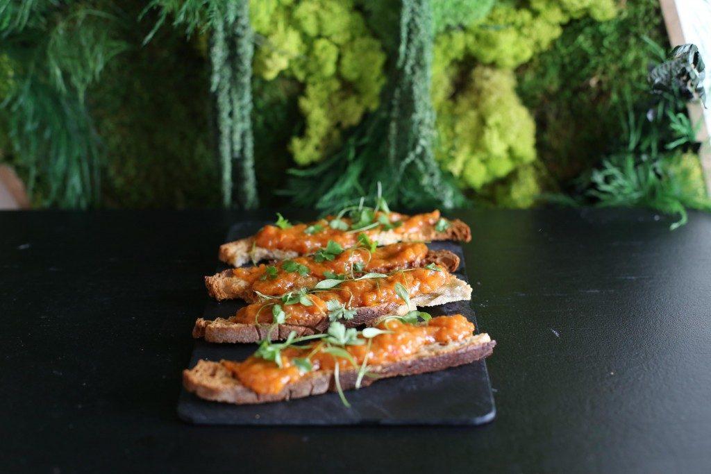 Le pan con tomate confite de 16 heures