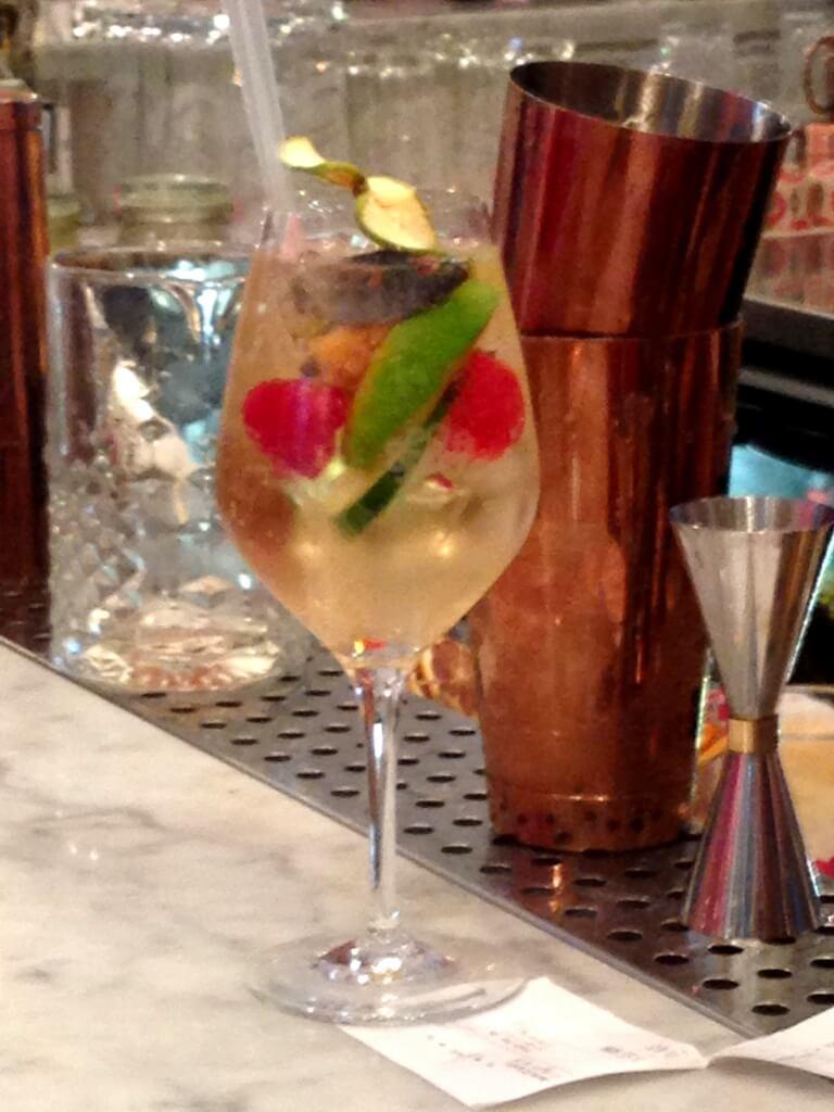 Cocktail à Ober Mamma Paris