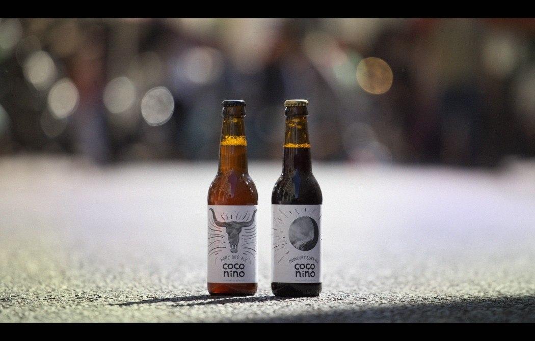 deux bouteilles de bière Coconino