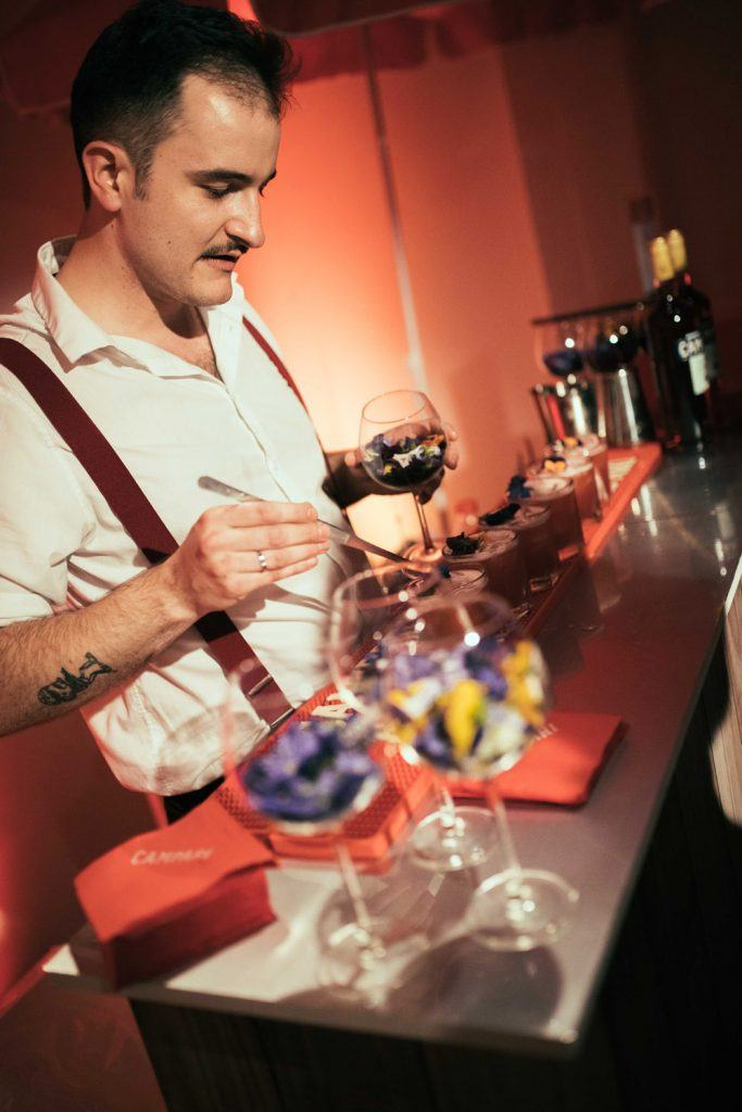 -HENRI LUNELLI- GAGNANT campari Bartender competition