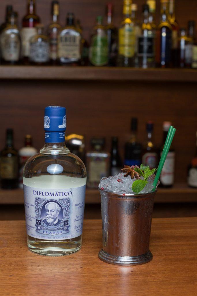 Diplomatico venezuela mule diplomático cocktail