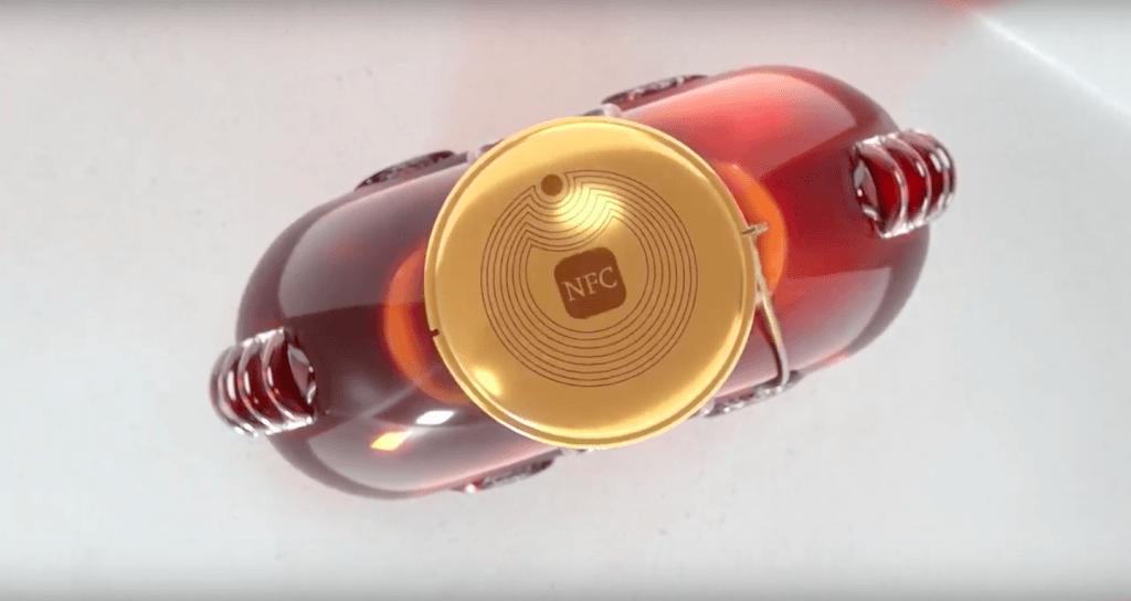 Technologie NFC LOUIS XIII carafe connectée