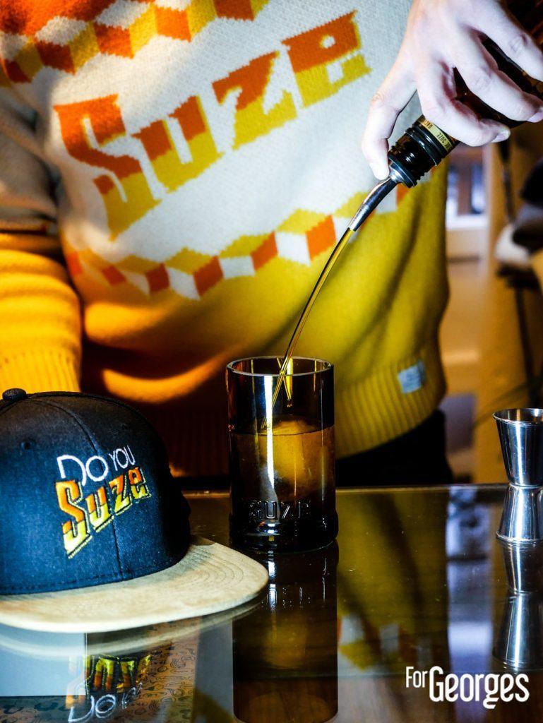 Barman avec Racines de Suze