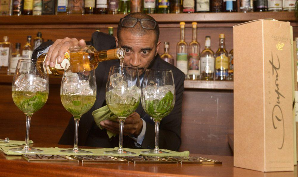 Alain Gabriel barman Calvados
