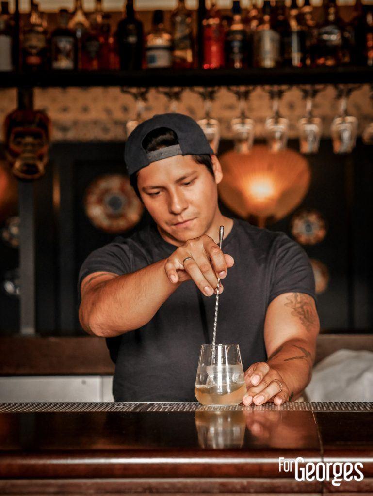 Adrian Nino Bar 1802
