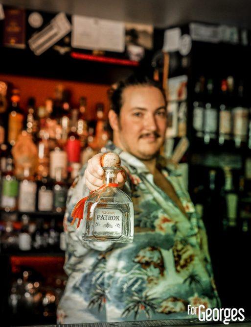 Cesar Debus Barman