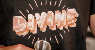 T Shirt Nicolas Munoz Divine bar