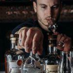 """Christopher Bellail – Bar 1802 """"en tant que barman on a un rôle à jouer pour guider et expliquer le produit"""""""