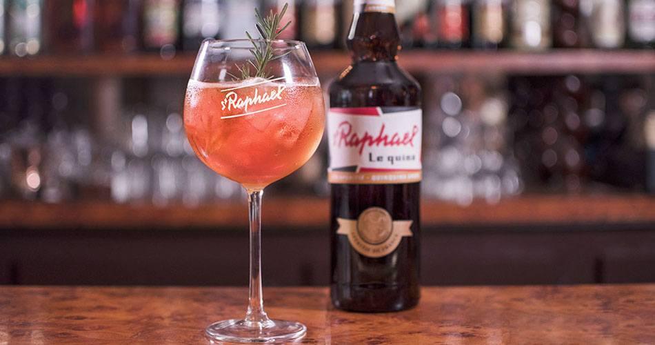 St Raphael en Cocktails