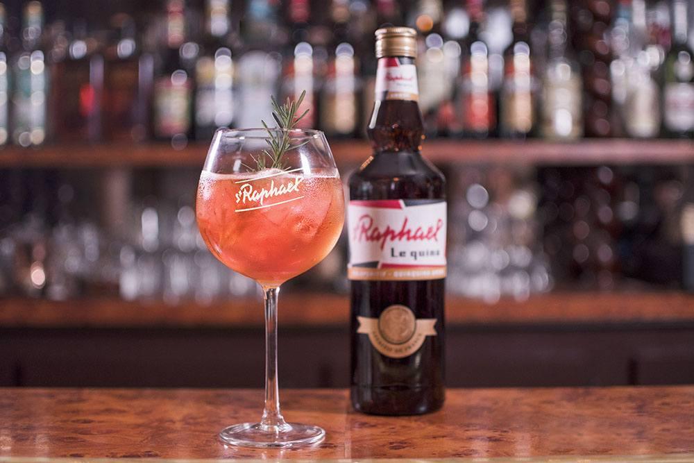 La Raphaelle cocktail à base de St Raphaël