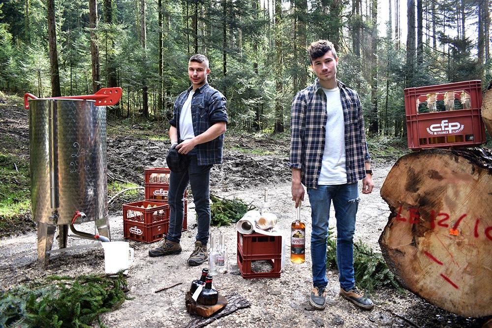 frères Ducret à la distillerie