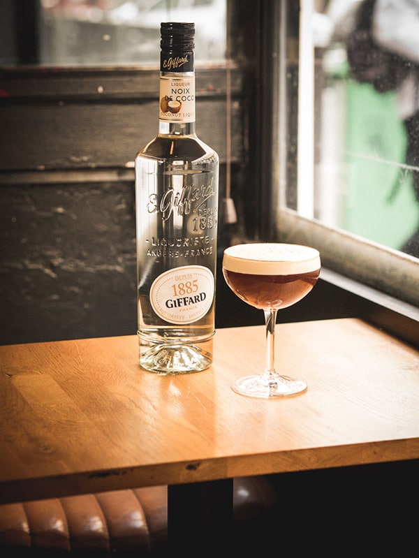 Twist de cocktail Expresso martini par le Calbar