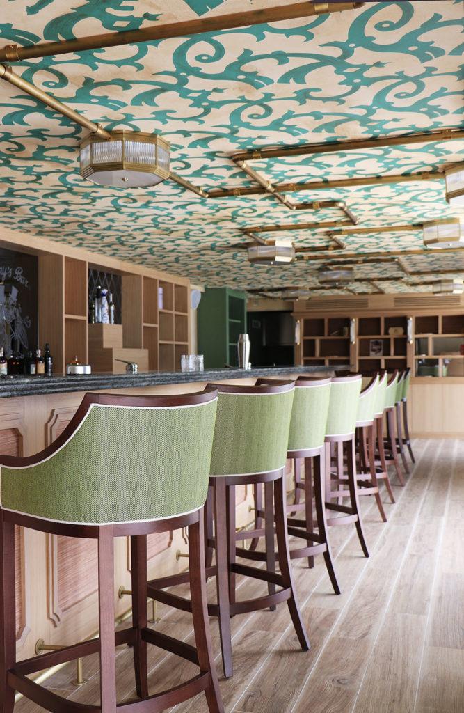 Intérieur Harry's Bar Cannes